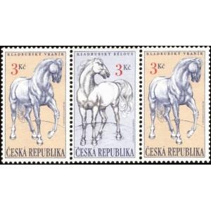 0122-0123 (122+123+122) - Kladrubští koně